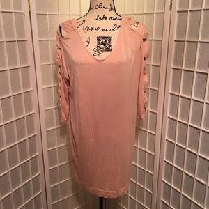 BCBGeneration Size Large Light Pink Tunic Top